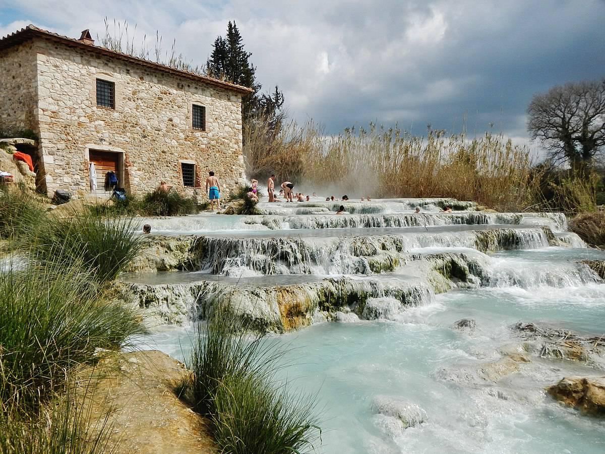 Terme all 39 aperto in autunno i posti migliori dove andare - Cascate in italia dove fare il bagno ...