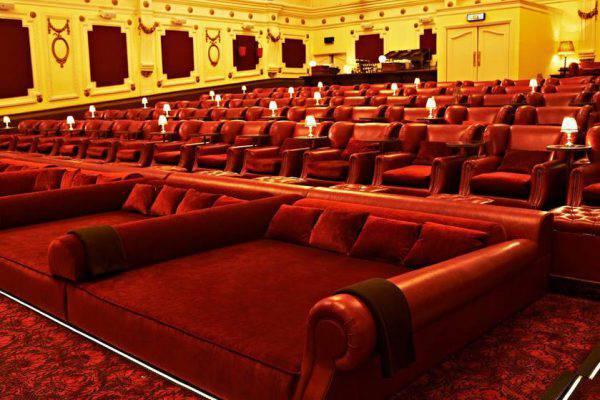 Poltrone Cinema.Cinema Con I Letti I Migliori Cinema In Italia E In Europa
