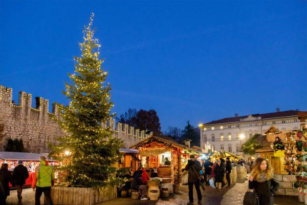 Mercatini Natale Trento.Mercatini Di Natale 2017 A Trento Tutte Le Informazioni Utili