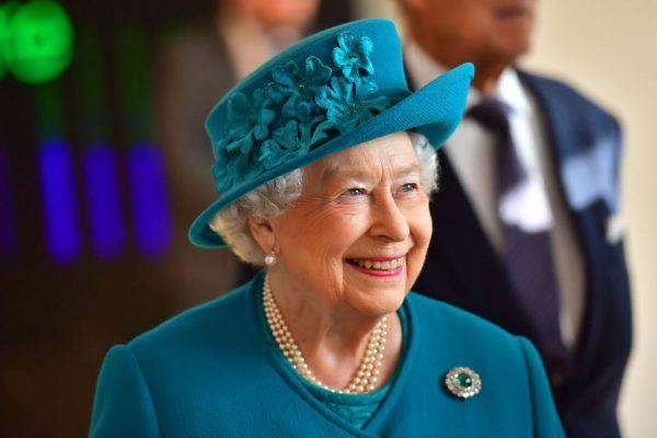 Le regole per i regali di Natale della Regina Elisabetta
