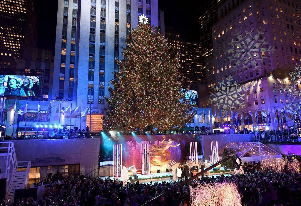 Accensione albero di natale new york 2017 le foto pi for New york in christmas 2017