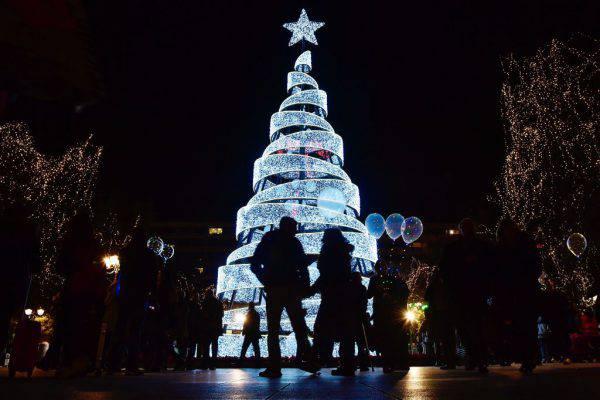 Le Piu Belle Immagini Di Natale Nel Mondo.Natale 2017 Ecco Gli Alberi Piu Belli Del Mondo Foto