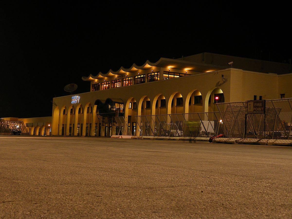 Aeroporto Malta : Aereo si schianta all aeroporto internazionale di malta