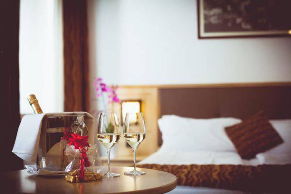 stanza-hotel