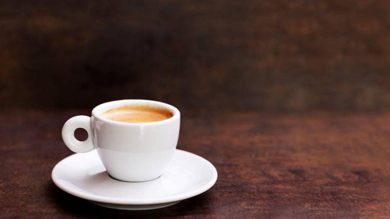 Caffè al bar: aumenta il prezzo della tazzina di epresso