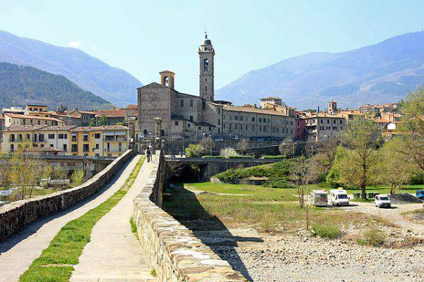 vacanze italia borghi emilia romagna