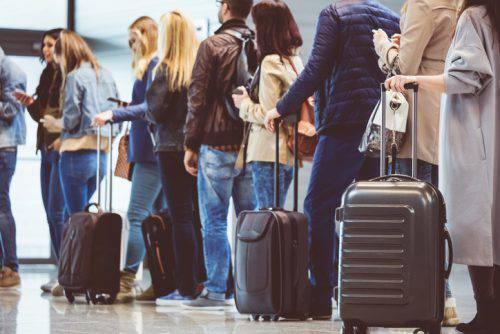 aereo-carta-imbarco-passaporto-riconoscimento-facciale