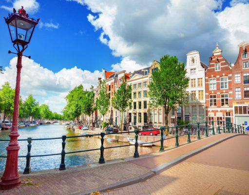 Low cost archives viaggi for Voli low cost amsterdam
