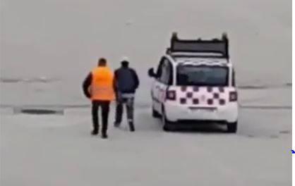 Venezia: uomo invade la pista dell'aeroporto Marco Polo. Arrestato dalla Polizia