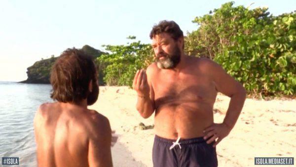 L'Isola dei Famosi 2018: le rivelazioni spiazzanti di Jonathan sulla Mancini