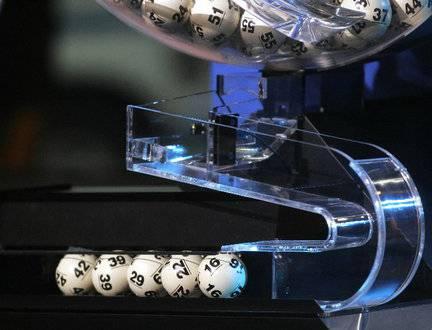 Il SuperEnalotto 'paga' ancora: 5+1 da mezzo milione, i numeri vincenti