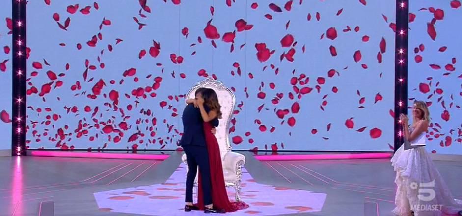 proposta-matrimonio-rosa-pietro-isola-dei-famosi-2018