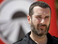 Alberto Matano ferma la diretta, il motivo del gesto definitivo – VIDEO
