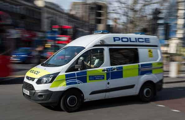 Londra, terrore a una festa: scoppia un grosso incendio