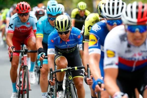 La maglia rosa Yates vince anche la tappa 11 del Giro d'Italia