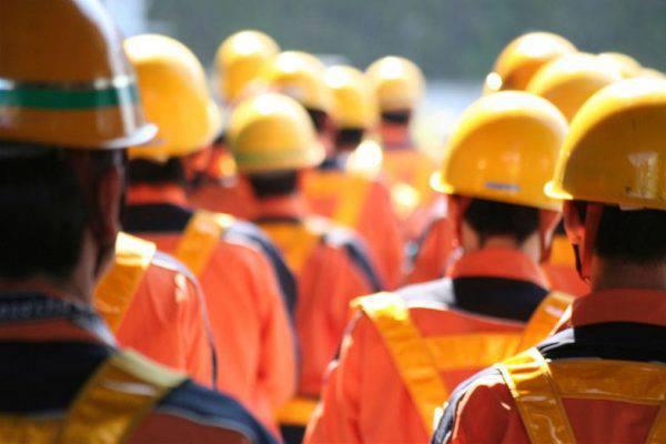 Offerte di lavoro, stipendio da 2.500 euro, ma nessuno si presenta