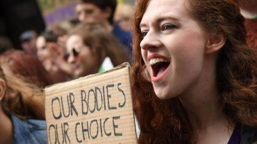 Aborto in Irlanda, passa il sì