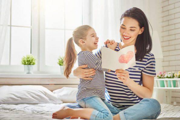 Regali festa della mamma 2018: idee non solo fashion