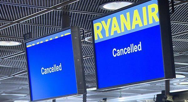 Ryanair, multa da 1,85 milioni di euro per la cancellazione dei voli