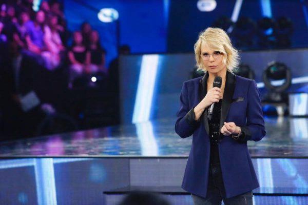 Amici, Maria De Filippi in crisi: ascolti in forte calo, format da rivedere