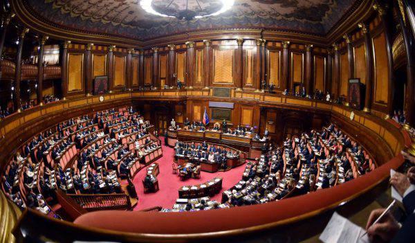 """Conte al Senato: """"Difendere interessi degli italiani"""""""
