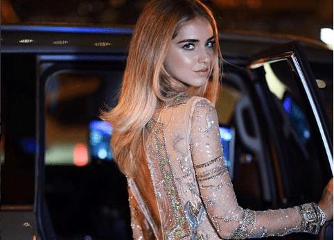 """Chiara Ferragni, il vestito è troppo trasparente: """"Vergognati"""""""