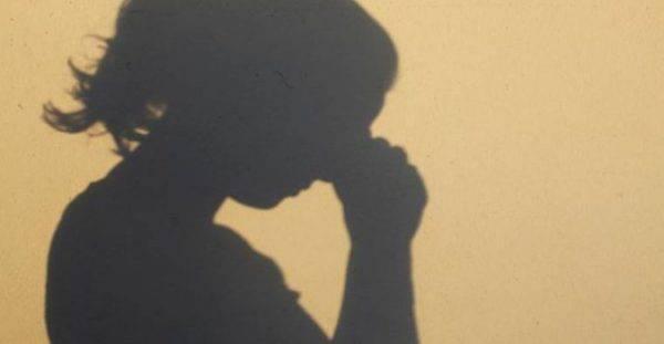 La figlia di 21 anni si suicida, una settimana dopo la madre fa lo stesso