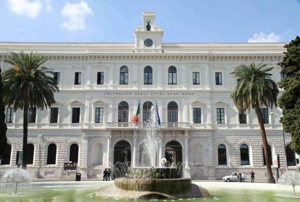 """Scandalo esami a Bari, il rettore: """"Anomalo, ma non impossibile"""""""