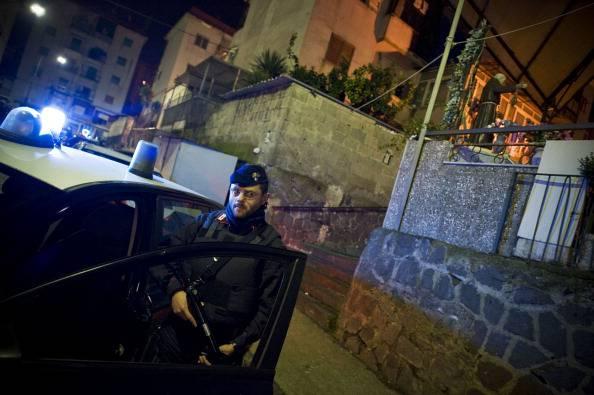 Piacenza, barista stuprata per ore nella notte: è caccia all'uomo