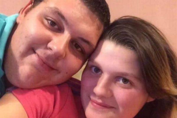 Bambino di 19 giorni trovato morto: è stato torturato e ucciso dai genitori