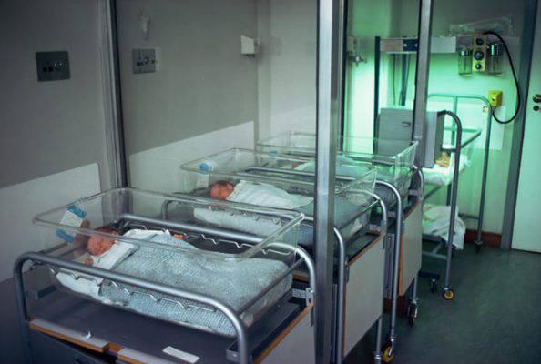 Infermiera arrestata, è accusata di aver ucciso almeno 8 neonati