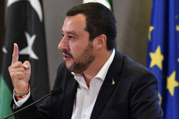 Caso Diciotti, denunciato il pm che ha messo sotto inchiesta Matteo Salvini