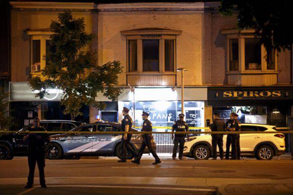 Attentato a Toronto, morti e feriti: gravissima una bimba di 9 anni