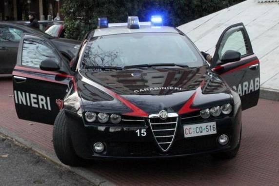 Potenza: uccide il marito travolgendolo con l'auto, arrestata