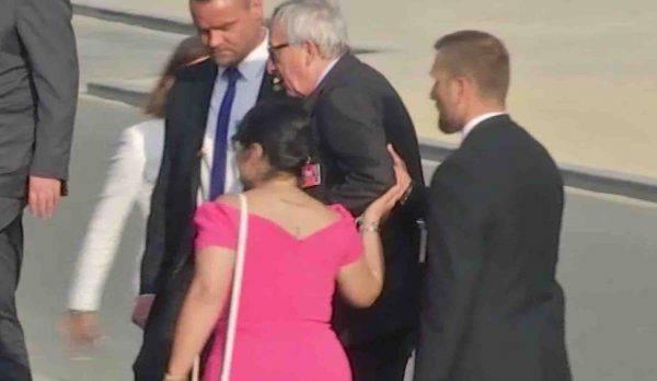 Juncker ubriaco, spunta un altro video imbarazzante