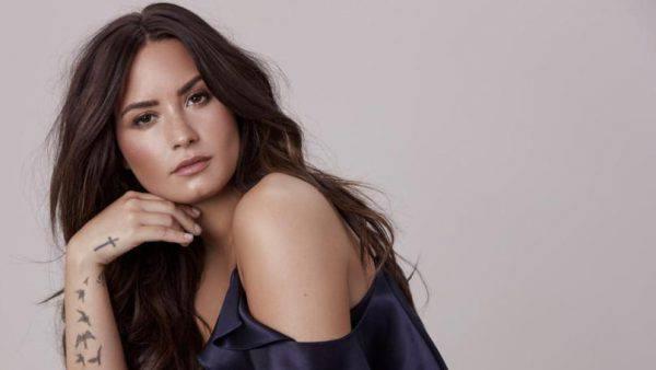 Demi Lovato ricoverata per overdose - Ultima Ora
