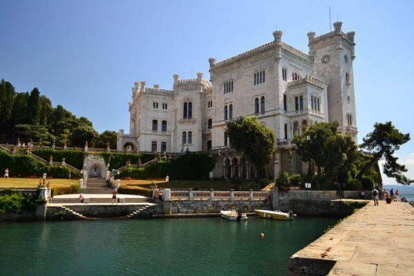 castelli sul mare
