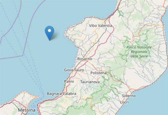 Scossa di terremoto in Calabria nella notte, paura tra i turisti