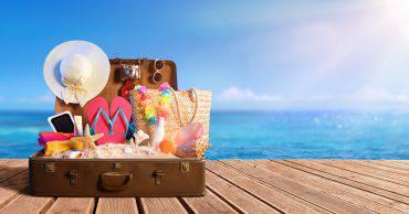 valigia-accessori-estate-2018-cosa-portare.