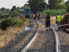suicidio linea ferroviaria