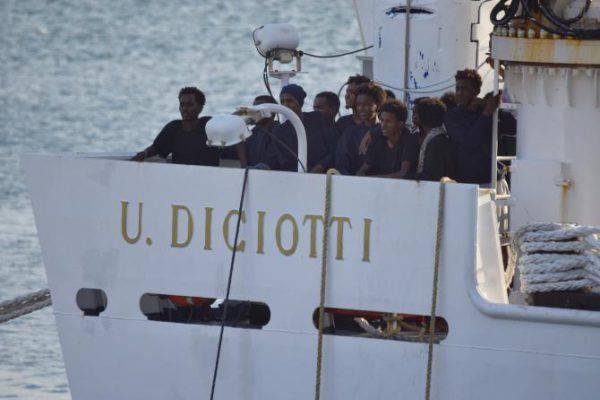 Nave Diciotti: caso chiuso per la Procura di Agrigento
