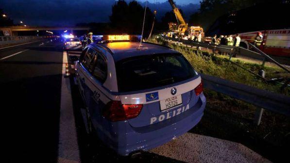 Enna, terrificante incidente sulla A19: due morti e tre feriti