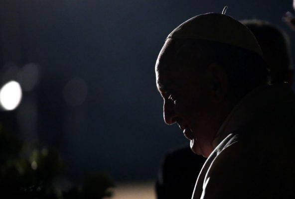 Pedofilia, papa Francesco incontrerà le vittime di abuso in Irlanda