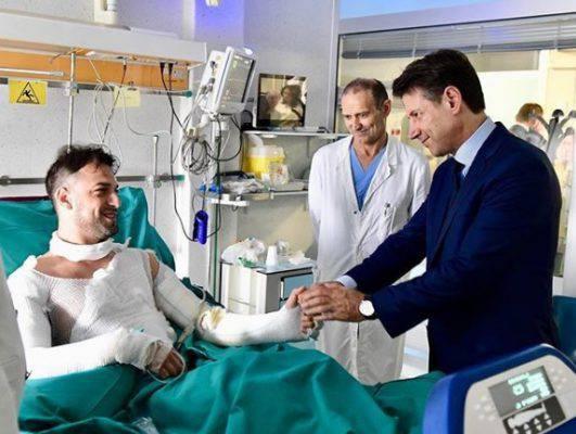 Bologna, Riccardo è il poliziotto che ha rischiato la vita per salvare i feriti