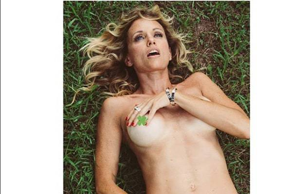 Justine Mattera nuda