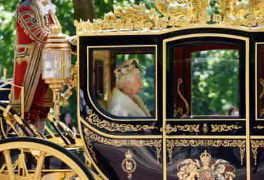 compleanno-principe-carlo-festa-organizzata-regina-elisabetta