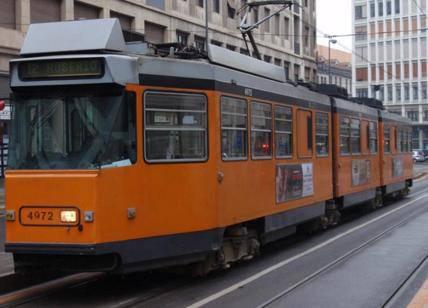 travolto da un tram