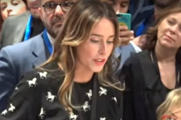 """Maria Elena Boschi: """"5 Stelle incompetenti e incapaci, ma voglio governare con loro"""" VIDEO"""