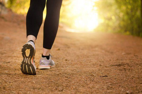 come-camminare-correttamente-consigli