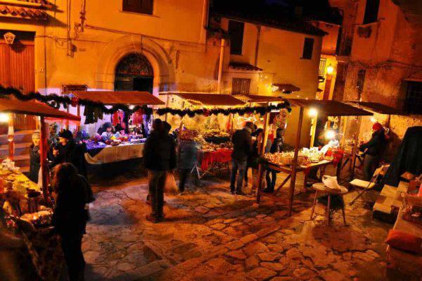 mercatini di natale al borgo